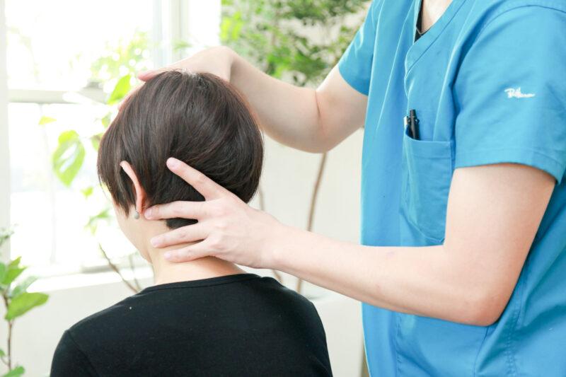 頭痛の頚椎検査