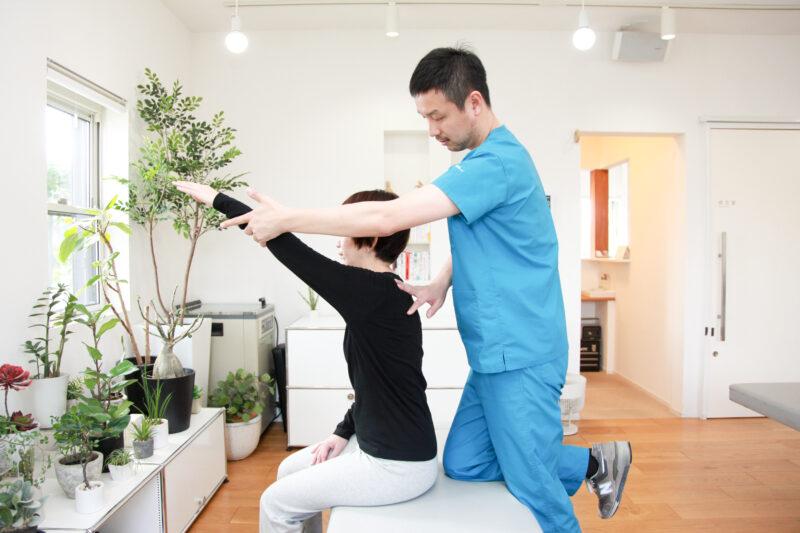 肩の筋力検査